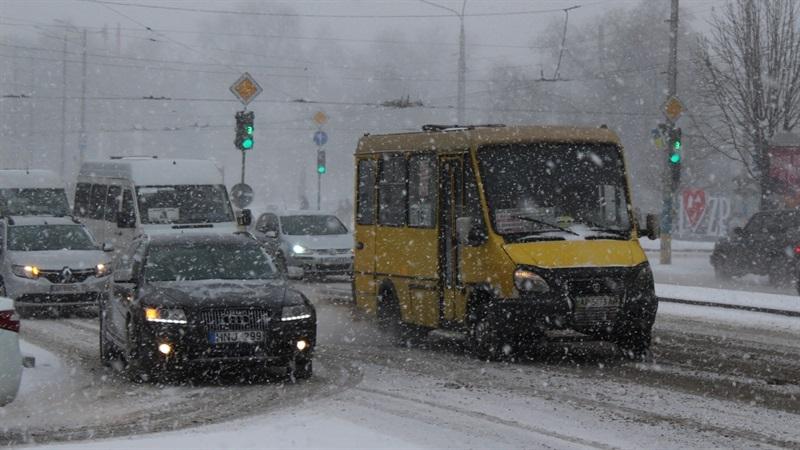 В Запорожье может снизиться стоимость проезда в маршрутках