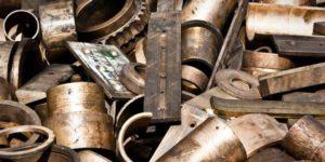 Запорожский суд пощадил «металлистов», которые совершили кражу из ряда домов