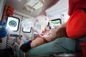 Не дышите: медикам Запорожья приходится экономить медицинский кислород из-за проблем на производстве
