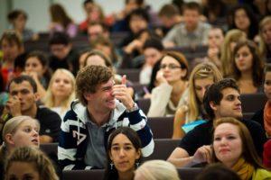 Запорожские студенты будут получать стипендии облгосадминистрации