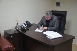 Прокурор области вручил подозрение главе сельсовета, которого задержали за вымогательство взятки - ФОТО
