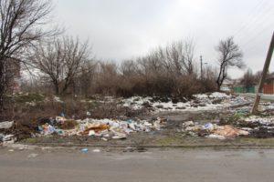 В Запорожье продолжают ликвидировать стихийные свалки мусора - ФОТО