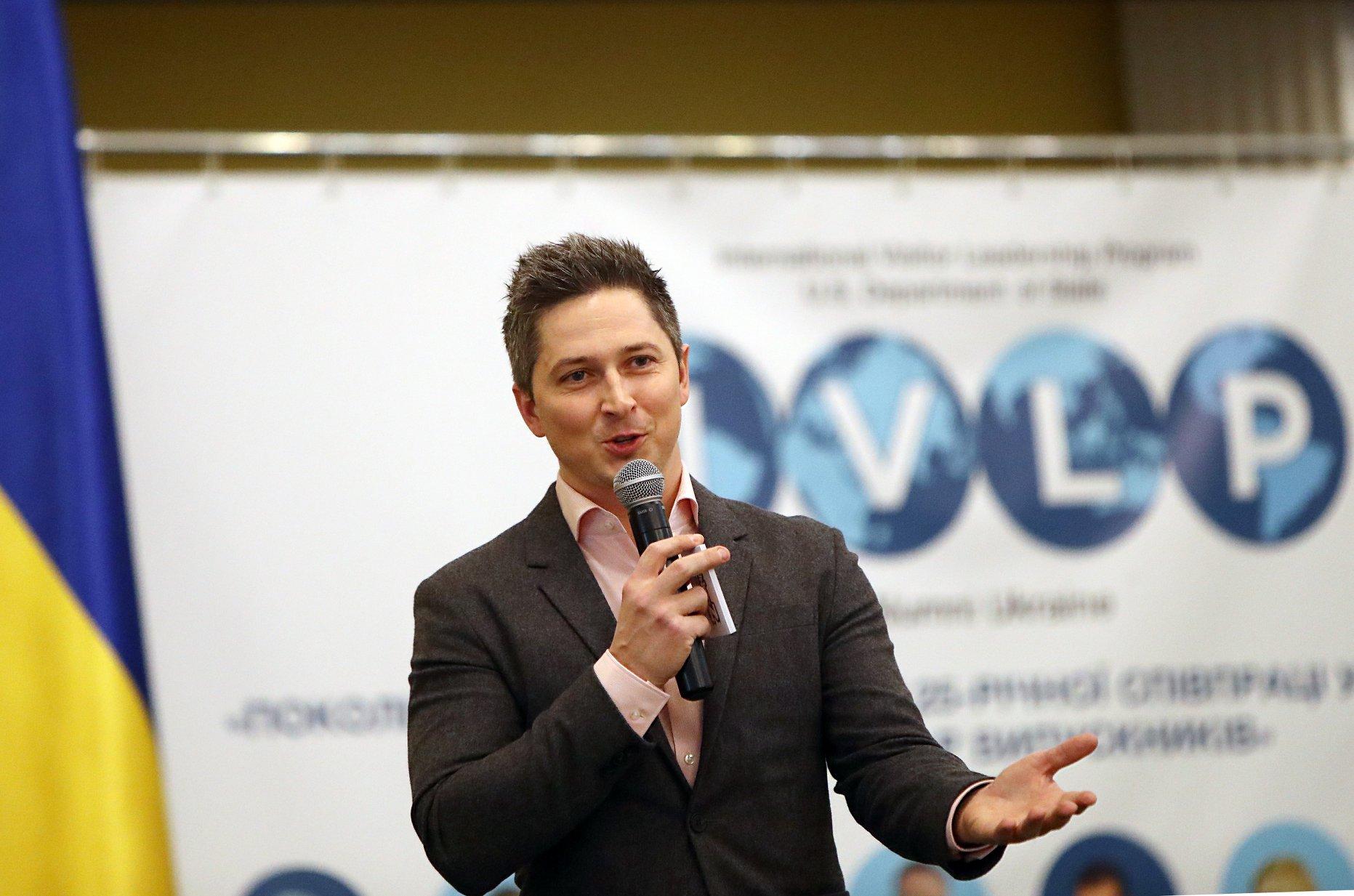 Известный телеведущий Александр Педан приедет в Запорожье, чтобы полностью поменять уроки физкультуры в школах