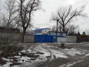В Запорожье чиновники из филиала комитета по физвоспитанию при МОН передали коммерсантам 1,7 гектара земли