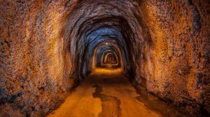 В Берлине случайно обнаружили дверь, ведущую в тоннели
