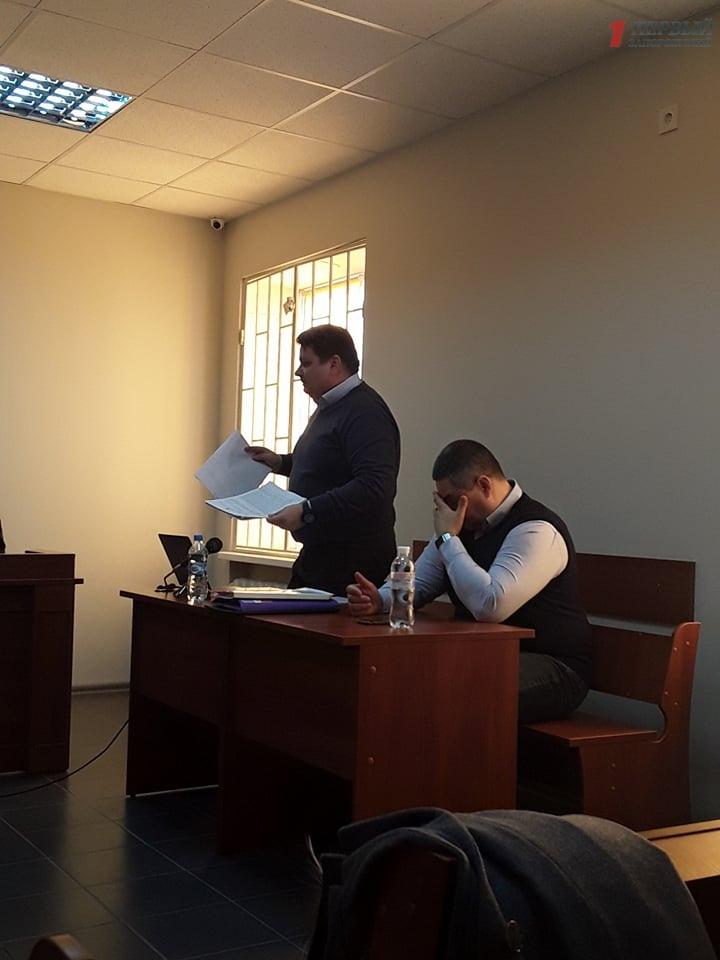 В Заводском районном суде Запорожья слушают дело о растрате полумиллиарда гривен директором ЗТМК - ФОТО