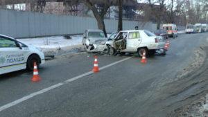 В Запорожье пьяная девушка-водитель спровоцировала серьезное ДТП: ей грозит тюремный срок - ФОТО