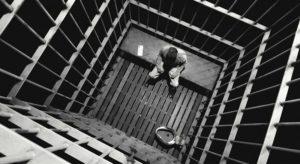 В Запорожской области мужчина убил и ограбил собственную мать: ему грозит до 15 лет тюрьмы