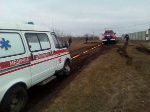 В Запорожской области две машины скорой помощи застряли в грязи