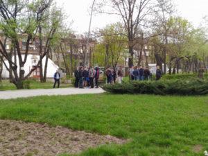 В парке Яланского наряду с активистами собрались десятки титушек и полиция - ФОТО