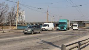 В Запорожье три месяца будет ограничено движение на плотине ДнепроГЭСа