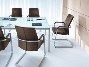 Выбираем конференц-кресла для безупречного мероприятия в интернет-магазине Маркет Мебели