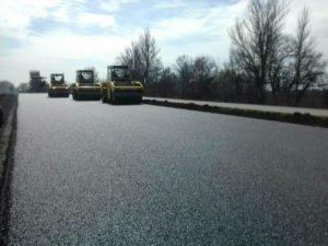 Турецкая компания продолжает ремонт трассы на Днепр: что уже сделали - ФОТО
