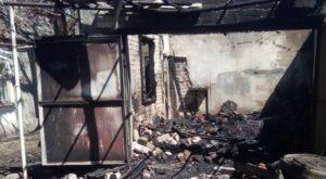 В Запорожской области на территории частного дома сгорел гараж - ФОТО