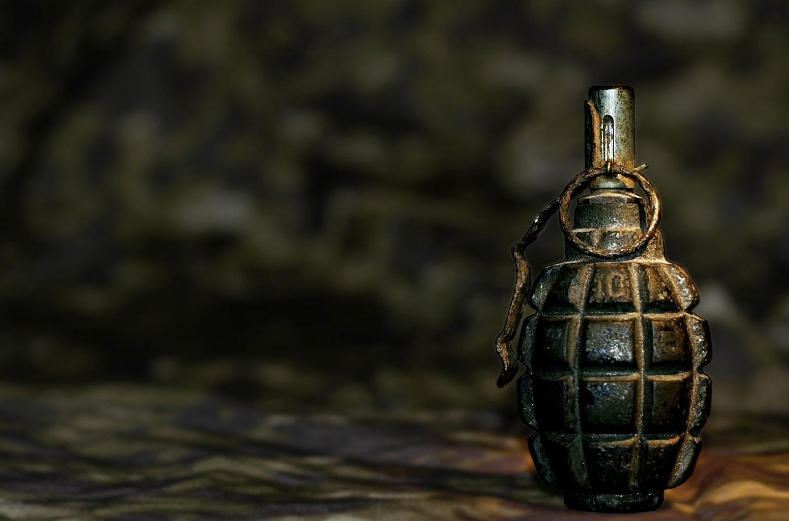 СБУ нашла три тайника соружием ибоеприпасами взоне АТО
