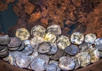 В Коринфе под развалинами археологи нашли клад, зарытый 1500 лет назад
