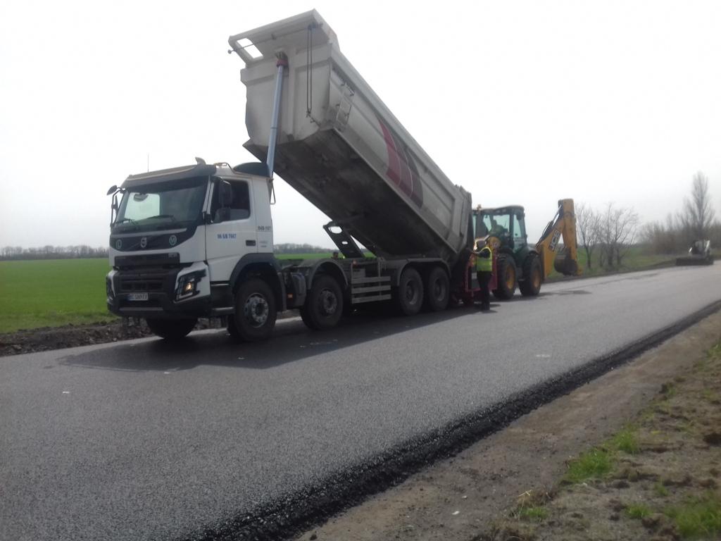 В Запорожской области турецкие подрядчики продолжают ремонт трассы стоимостью в полмиллиарда гривен – ФОТО
