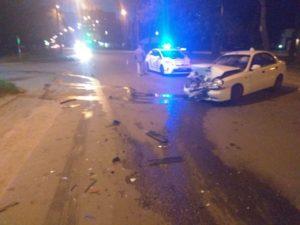 В Запорожье произошло очередное ДТП с пострадавшими: виновник скрылся с места аварии - ФОТО