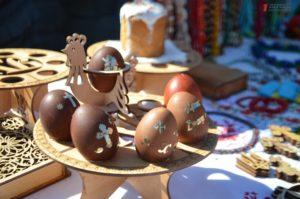 Молебен, бои рыцарей и выступление сечевых казаков: как запорожцы отпраздновали Пасху на Хортице – ФОТО