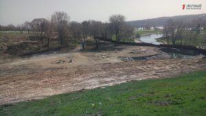 Искусственное озеро, фильтрующие колодцы и озеленение: как готовят ландшафтный парк на «Радуге» - ФОТО