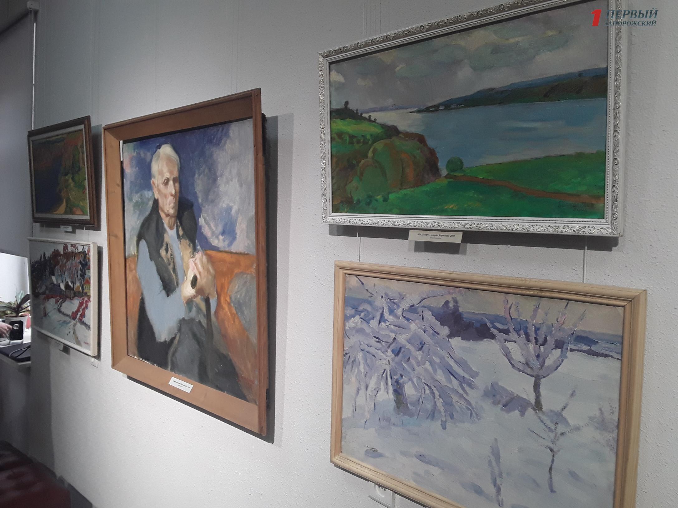 В запорожском музее открылась уникальная выставка художника-бандуриста - ФОТО