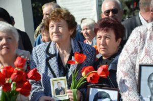 В Запорожье проходит митинг-реквием к годовщине Чернобыльской трагедии - ФОТО