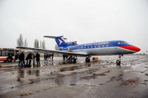 В Запорожском аэропорту полгода пылится конфискованный самолет, который торжественно подарили Кировоградской летной академии