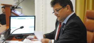 Владимир Буряк созывает депутатов на апрельскую сессию: какие вопросы будут рассмотрены – документ