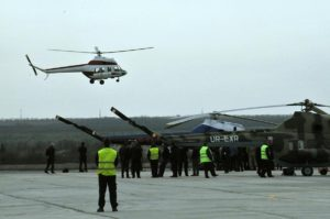 В Запорожье впервые поднялся в небо украинский вертолет, созданный силами запорожских авиаконструкторов - ФОТО