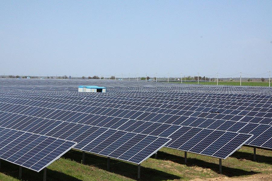 В Запорожской области открыли самую мощную в Украине солнечную электростанцию - ФОТО