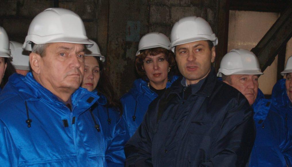 Директор ГП «ЗТМК», узнав о подозрении, поспешно продал квартиру бывшей жене и улетел на Кипр