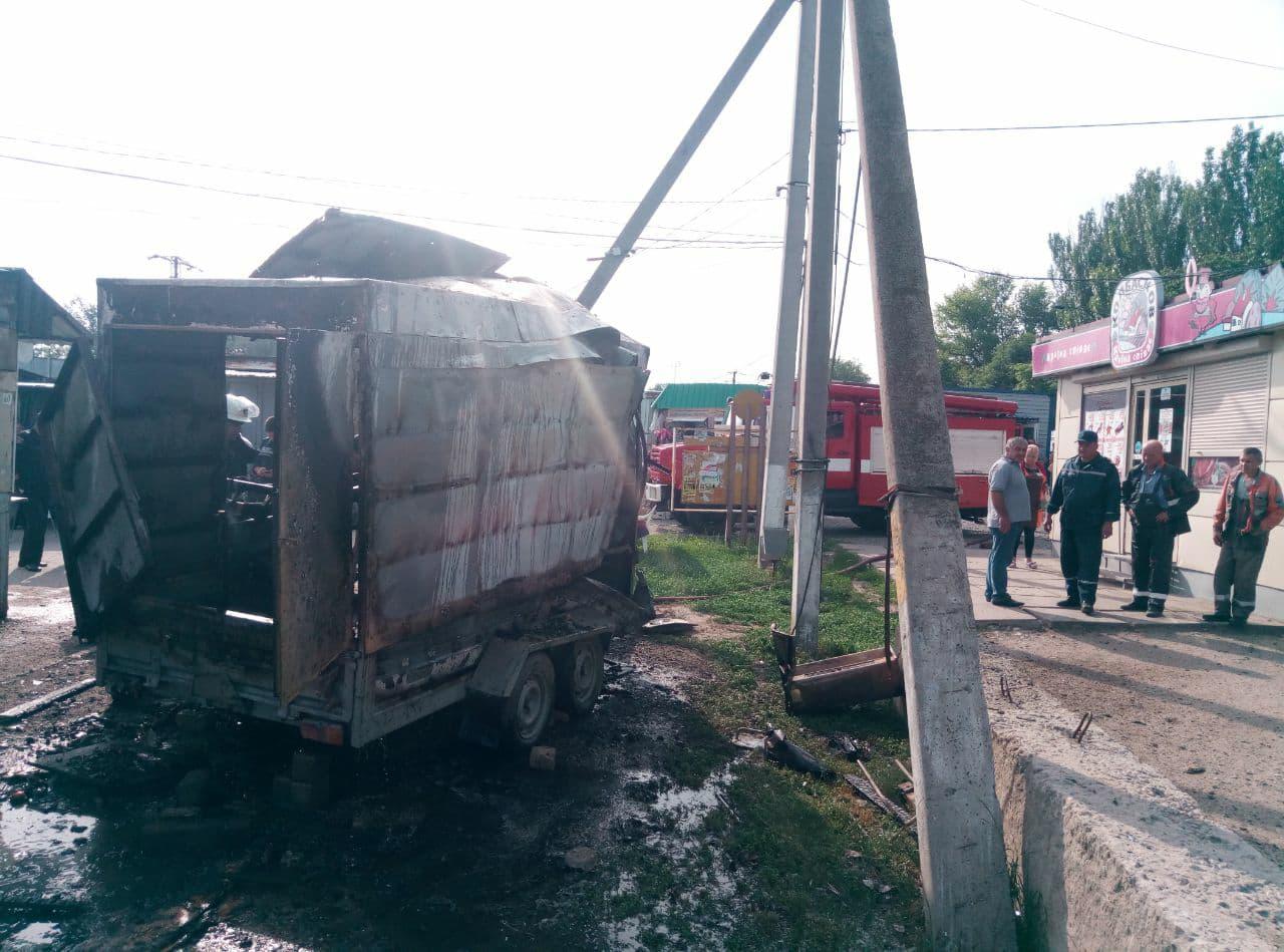 В Запорожской области в фургоне с шаурмой взорвался газовый баллон - ФОТО