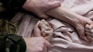 В Запорожской области односельчанин изнасиловал несовершеннолетнюю девочку в машине и заплатил ей 100 гривен