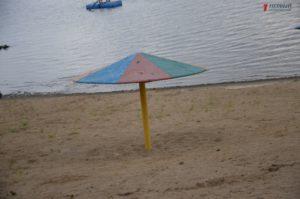 В Запорожье не могут начать реконструкцию Правобережного пляжа из-за нереста