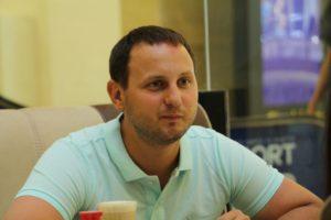 Запорожский депутат Артур Гатунок оформил в собственность