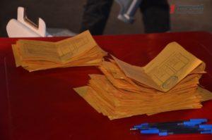 В Запорожье на общественных слушаниях по поводу строительства ТЦ произошел скандал - ФОТО, ВИДЕО