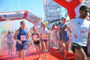 Энергично, красочно и весело: как в Запорожье прошел семейный забег на Набережной магистрали – ФОТО