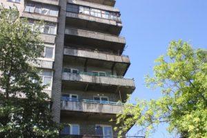 В Запорожье 19 спасателей тушили пожар в девятиэтажном доме: горели балконы - ФОТО