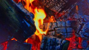 Під Запоріжжям через несправну електропроводку загорівся житловий будинок