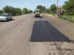 В Запорожской области в интенсивном режиме продолжают ремонтировать дороги