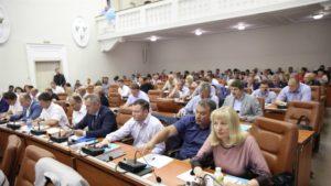 В Запорожье депутаты на сессии обсудили задолженность по зарплате сотрудников «Запорожьеоблэнерго»
