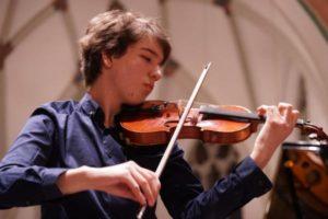 В Запорожье в два раза подорожает обучение в музыкальных школах и театральных студиях