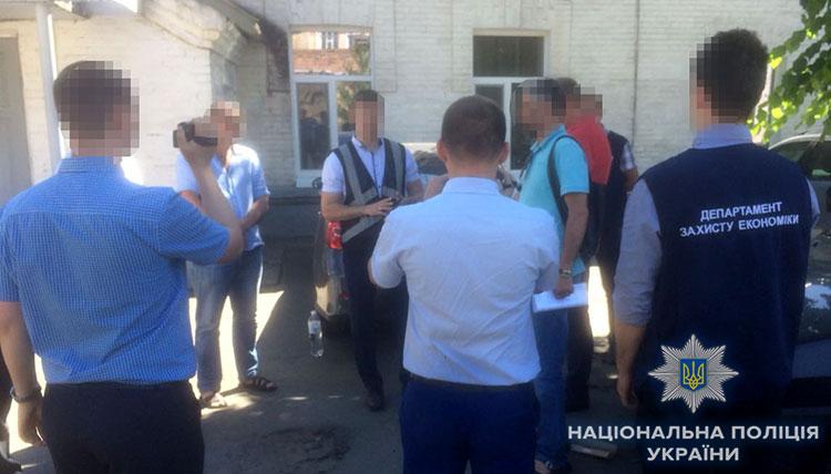 В Запорожье при получении взятки задержан замдиректора одного из крупных заводов - ФОТО