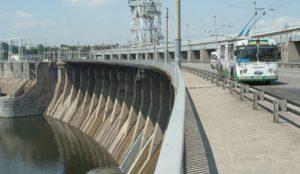 В Запорожье временно ограничат движение по плотине ДнепроГЭСа