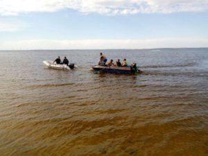 В Запорожской области в акватории Каховского водохранилища затонула лодка с людьми - ФОТО
