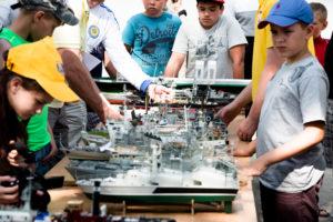 В Запорожье проходят Всеукраинские соревнования по судномоделированию - ФОТО