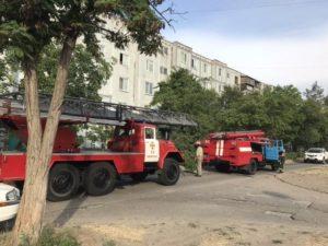 В Запорожской области в многоэтажном доме загорелись электрощитовые и люди остались без света