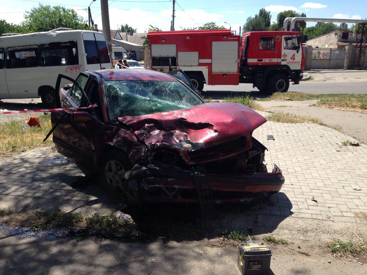 Стали известны подробности серьезного ДТП с маршруткой и пьяным водителем Volvo в Запорожье – ФОТО