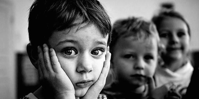 В Запорожской области насчитывается более 2700 детей-сирот