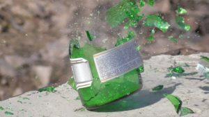 В Запорожской области пьяные подростки устроили стрельбу по бутылкам - ФОТО